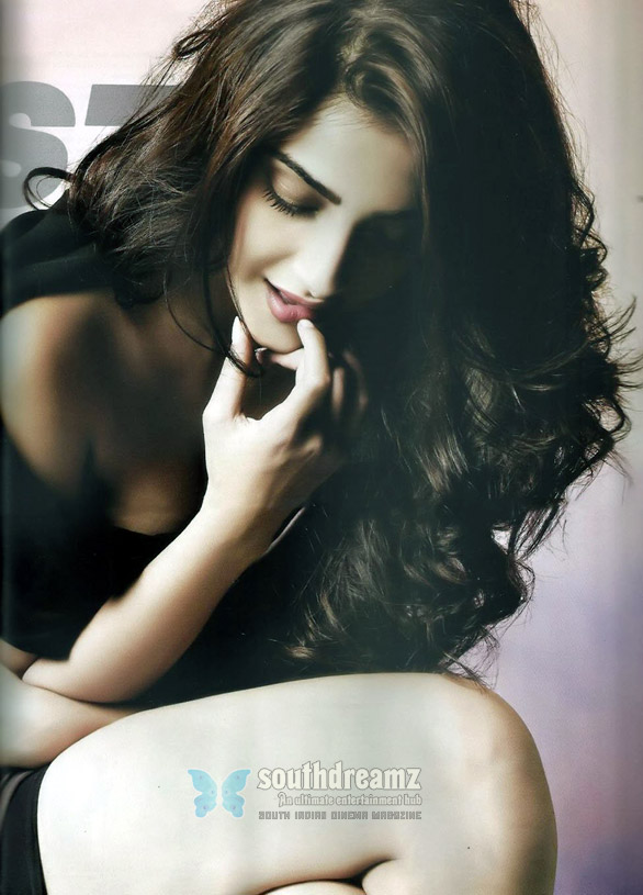hot sexy sonam kapoor maxim 8 Rumors on Sonam Kapoor in Mahesh babu Movie