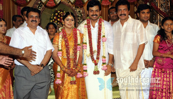 Karthi married Ranjani in Coimbatore unseen photos Karthi marries Ranjani in traditional style