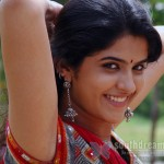 Simbu is my good friend - Deeksha Seth