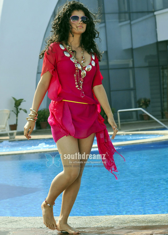 taapsee posters veera19 I want to be busy always: Taapsee