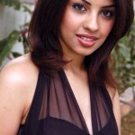 Richa Gangopadhyay caught between Simbu & Dhanush
