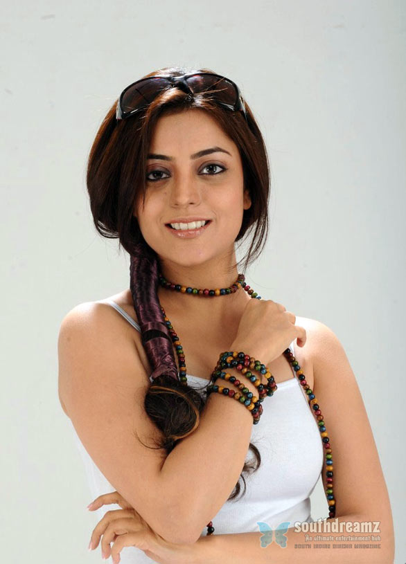 south indian glamour actress nisha agarwal hot photo shoot 13 Nisha Agarwal Vs Kajal Agarwal