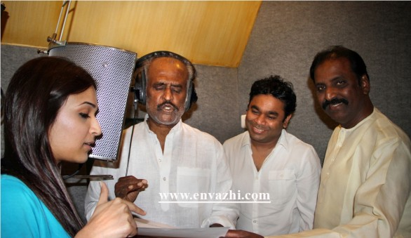 rajinikanth sing for kochadaiyan 586x339 Rajnikanth sings for Kochadaiyan