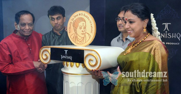 Tanishq unveiled MS Subbulakshmi Gold Coin photo Tanishq unveiled MS Subbulakshmi, Gold Coin