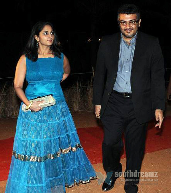 ajith at simbu birthday Ajith   Shalini celebrate anniversary