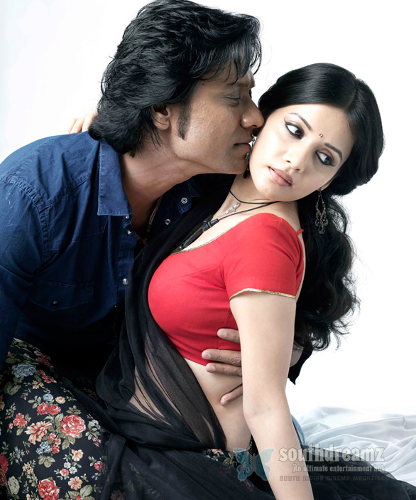 sj surya isai movie stills SJ Suryah is back