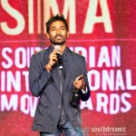 Dhanush win award at Dubai