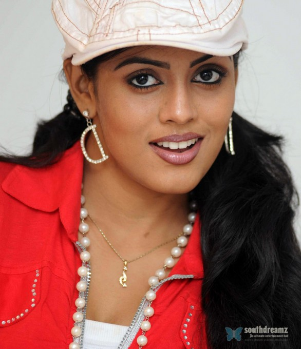 iniya-hot-wallpapers-6