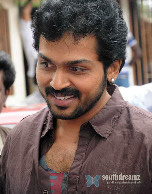 karthi s alex pandian shoot spot press meet stills Santhanam to play the villain in Alex Pandian
