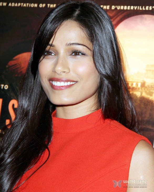Freida Pinto Attends Trishna Special Screening 2 586x728 Katrina Kaif, Priyanka Chopra, Deepika Padukone getting red and hot