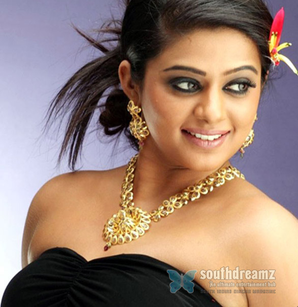priyamani Shahrukh Khan happy with Priyamani?
