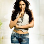 Sameera Reddy set to fly to Greece