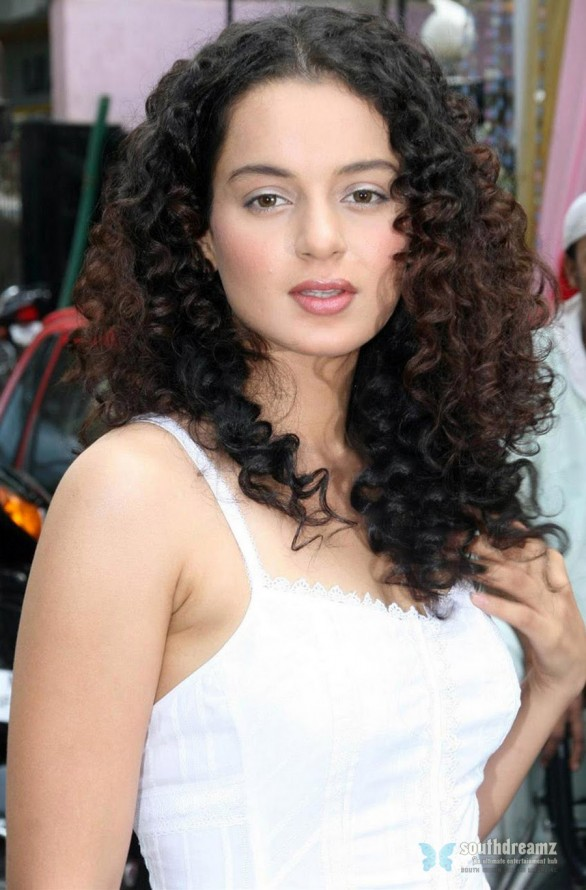 Kangana Ranaut hot latest photos 586x890 Kangana Ranaut   The Best Dressed celebrity