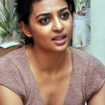 """Dhoni"" Radhika Apte in Tamil ""Cocktail""?"