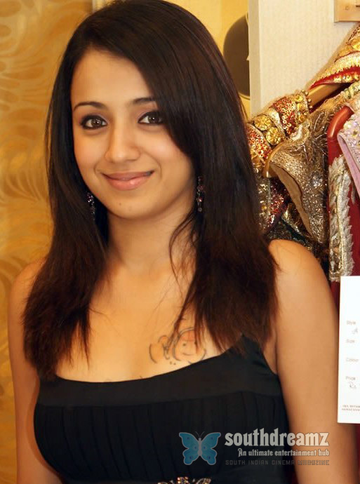 actress trisha tattoo design pictures 4 Trisha celebrates Valentines Day without Boyfriend