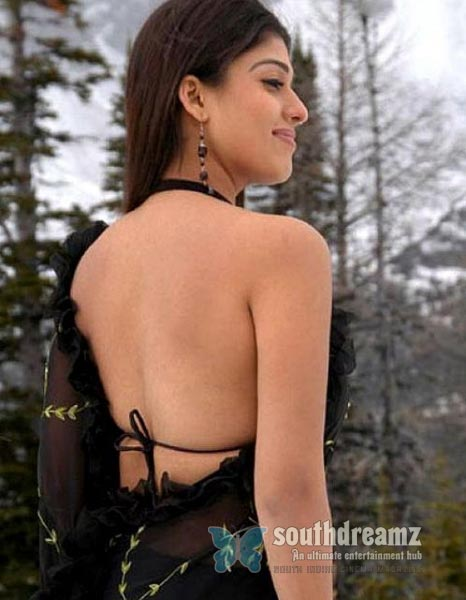 south-indian-glamour-actress-bare-back-latest-hot-stills-40
