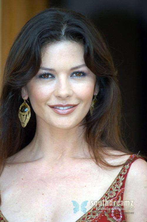 actress catherine zeta jones latest photo Top 100 sexiest actresses in the World