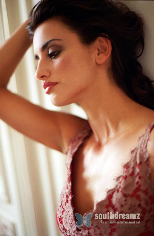 actress enélope cruz latest photo Top 100 sexiest actresses in the World