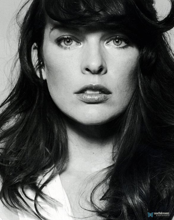 actress-milla-jovovich-photo