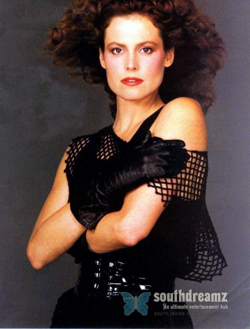 actress sigourney weaver latest photo Top 100 sexiest actresses in the World