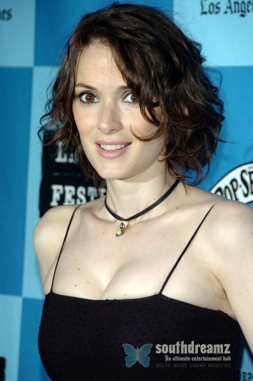 actress-winona-ryder-latest-photo