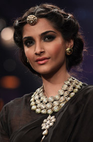 sonam kapoor Forbes top 100 Indian Celebrities 2012
