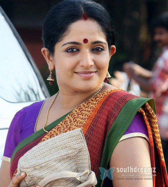 kavya-madhavan-in-bavuttiyude-namathil-malayalam-movie-stills-6