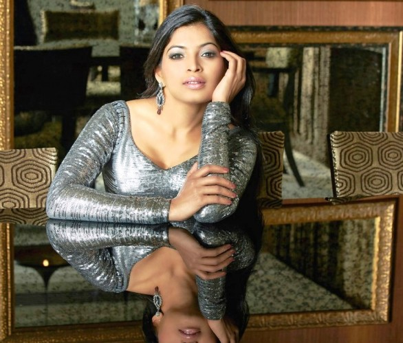 Tamil Actress Sanchita Shetty Spicy Hot Photo Shoot Pics