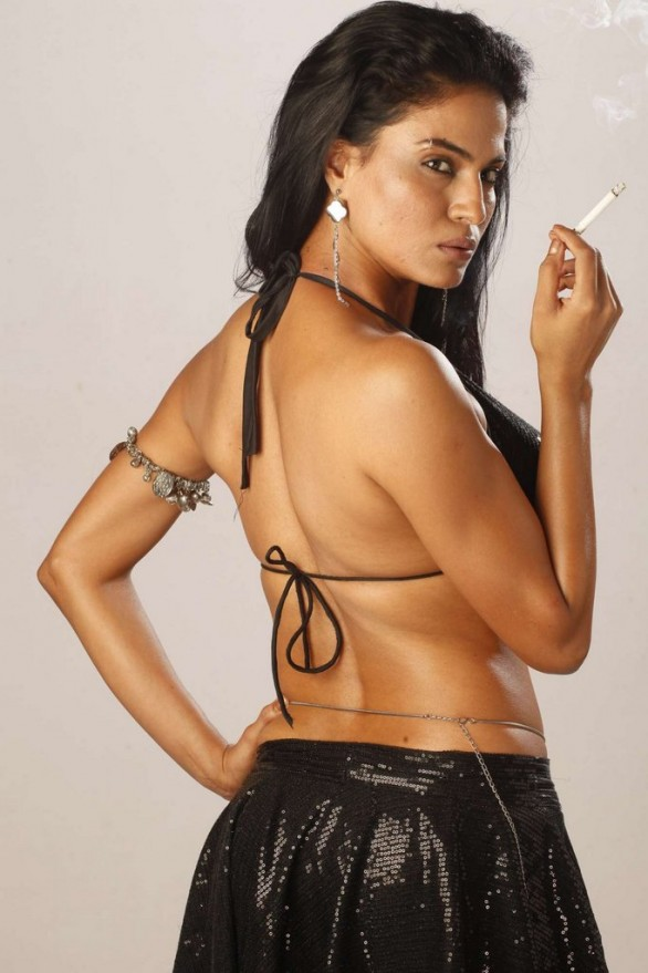 bollywood-item-dancer-veena-malik-unseen-hot-photos-18