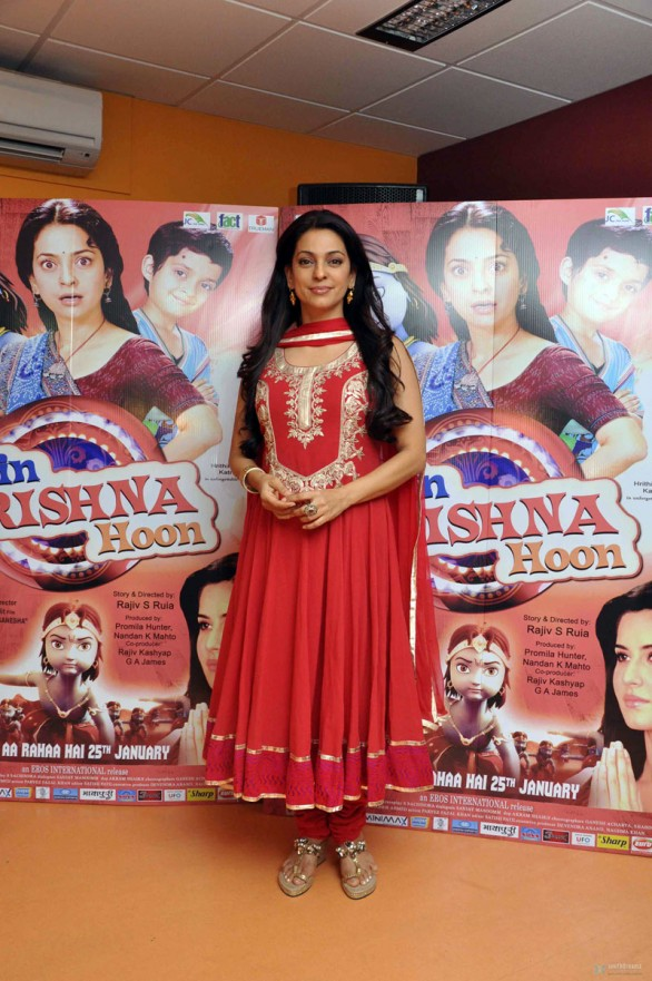 juhi-chawla-at-press-conference-of-main-krishna-hoon