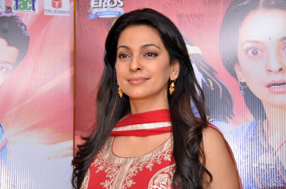 juhi-chawla-at-press-conference-of-main-krishna-hoon1