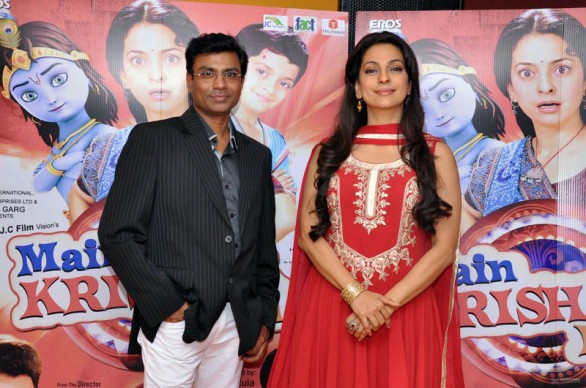 juhi-chawla-with-rajiv-kashyap-at-press-conference-of-main-krishna-hoon