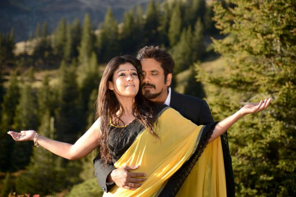 nagarjuna-nayantara-hot-photos-in-greeku-veerudu-8
