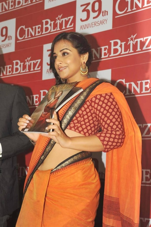 vidya-balan-launches-cineblitz-magazine-april-2013-2