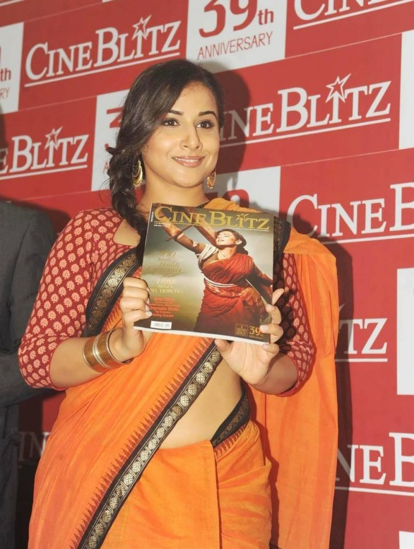 vidya-balan-launches-cineblitz-magazine-april-2013-6