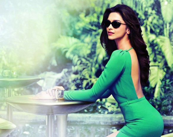 Side-View-of-most-Desirable-beauty-Deepika padukone