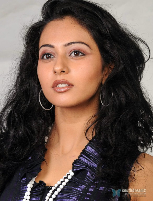 actress-rakul-preet-singh-photo-shoot-3