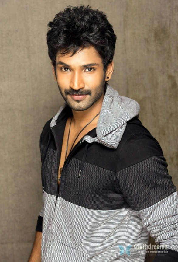 tamil actor aadhi photoshoot stills 22 586x861 I'm glad for the actors of my age and stage says Aadhi…