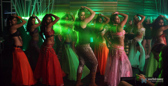 Lakshmi-Rai-Hot-Item-Song-Stills-In-Balupu-11