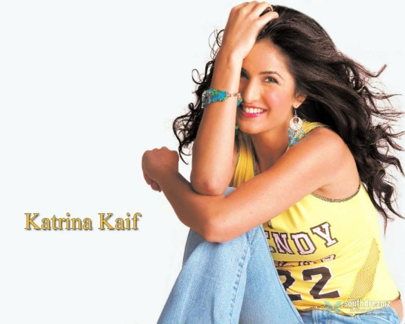 bollywood-sexy-actress-katrina-kaif-hot-desi-masala-wallpapers-33