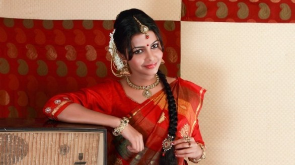 kadhal saranya hot photoshoot stills 05 586x328 Kadhal Saranya Hot Photo Shoot