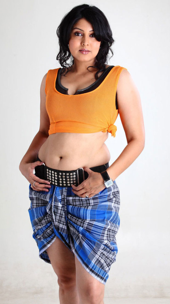 tamil-actress-sheryl-pinto-sexy-stills-5