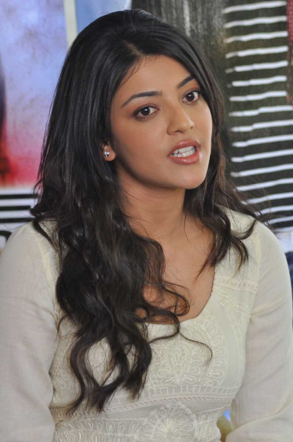 Kajal as Cop in Jilla