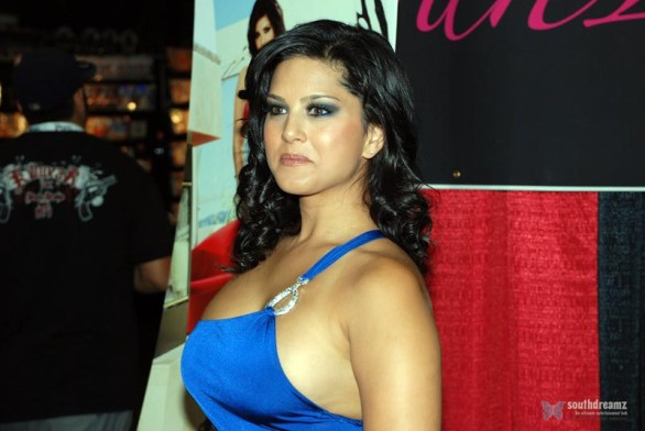 exclusive-photos-of-sunny-leone-hot-sensuous-rare-private-and-personal-29