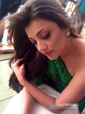 sexy-indian-actress-kajal-agarwal-unseen-private-life-photo-38