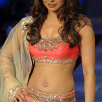 Priyanka Chopra turns hotter for 'Ram Leela'