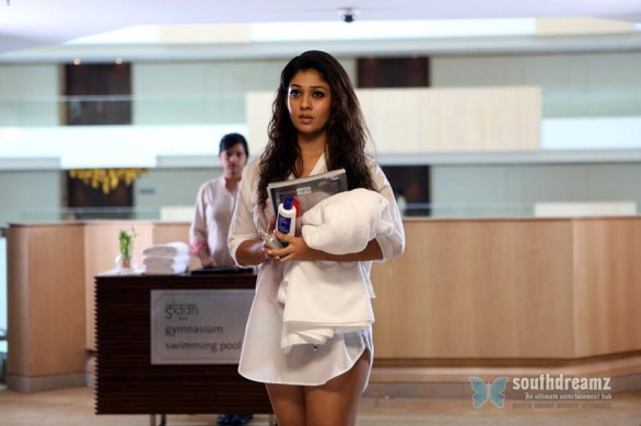 Nayanthara-Hot-Photo-Stills-in-Aarambam