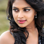 amala-paul-stills-in-nayak