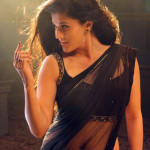 taapsee ganga Juicy Navel Show