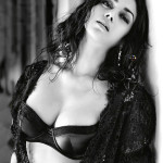 Aditi Rao Hydari poses in Bra